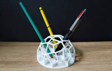 Voronoi Pen Holder 1